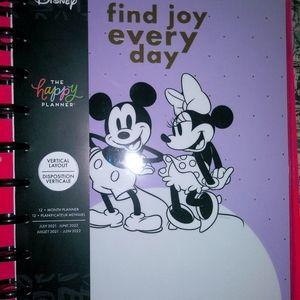 The Happy Planner Disney planner/stickers